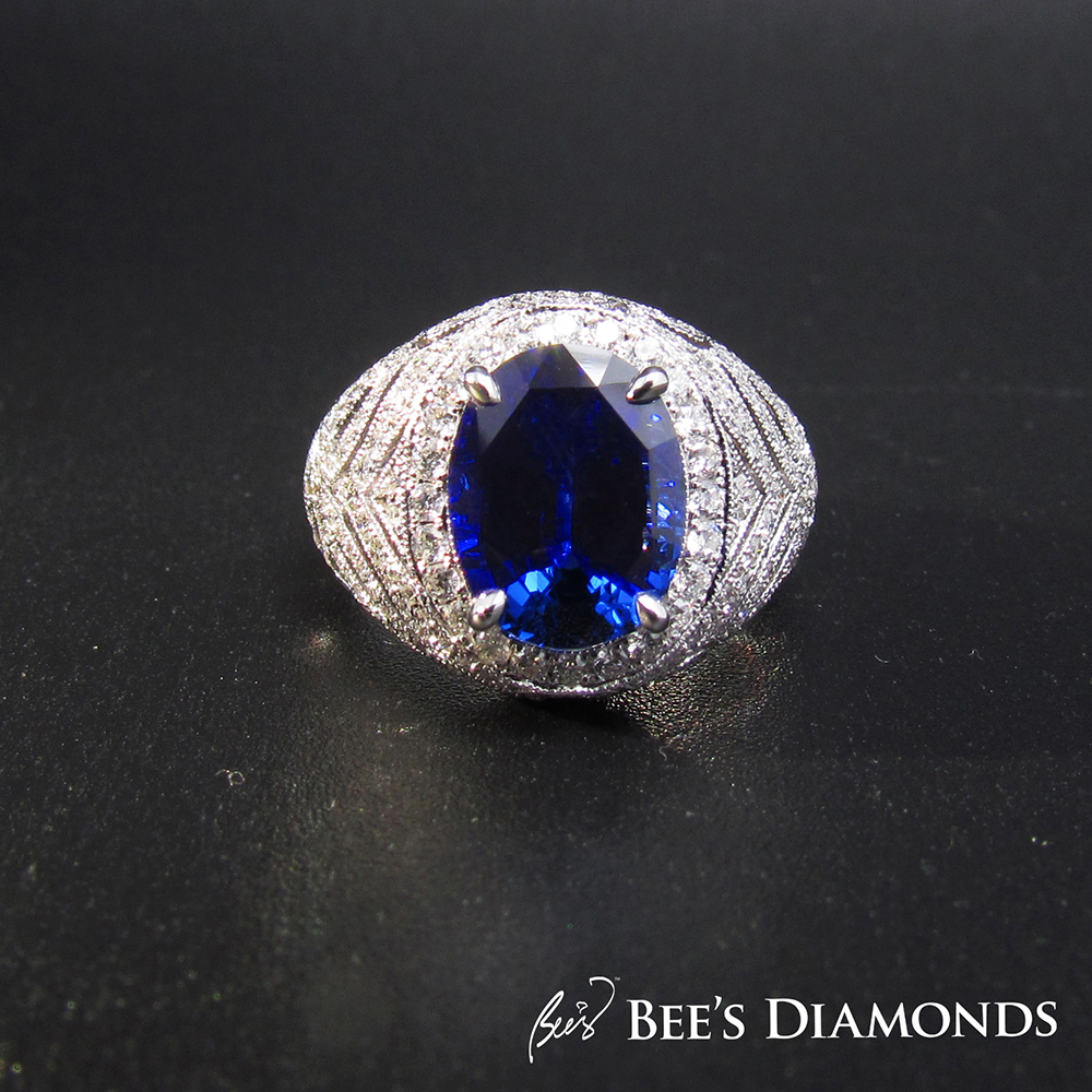 Royal blue, oval sapphire ring, Art Deco design, vintage and retro