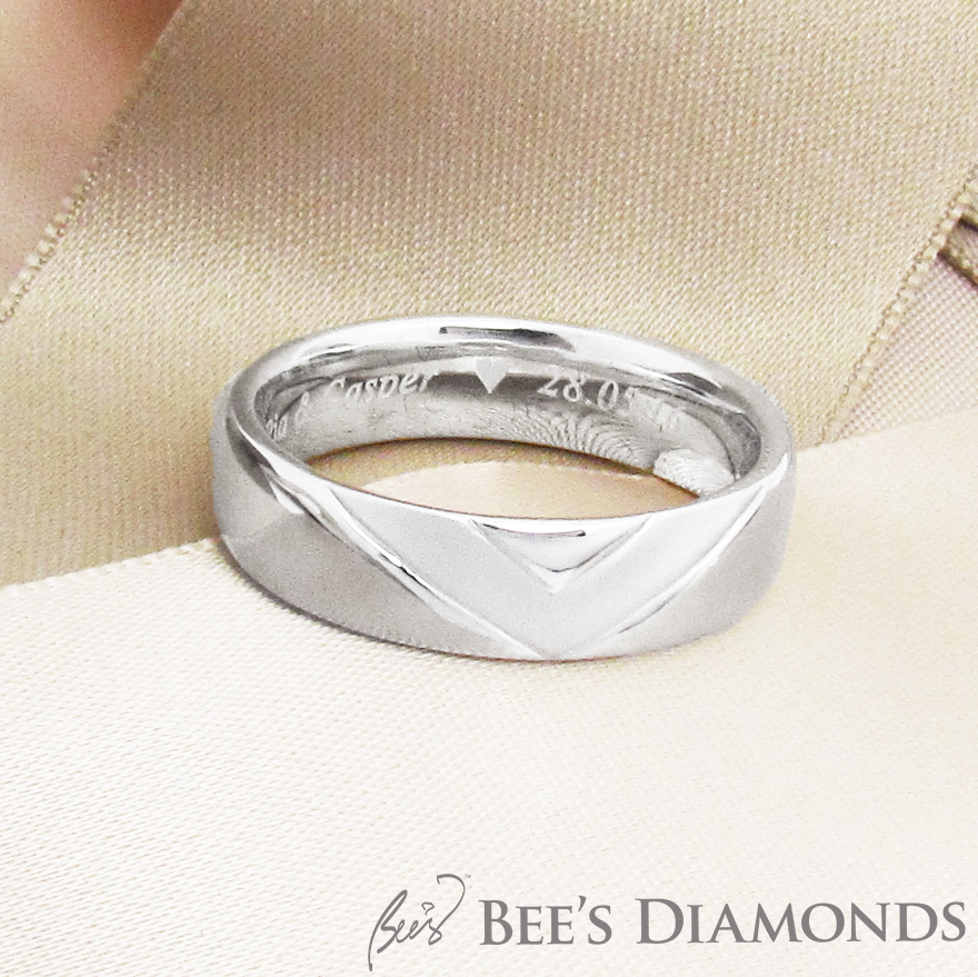Customized wedding band, V-shape matte, personalized wedding band
