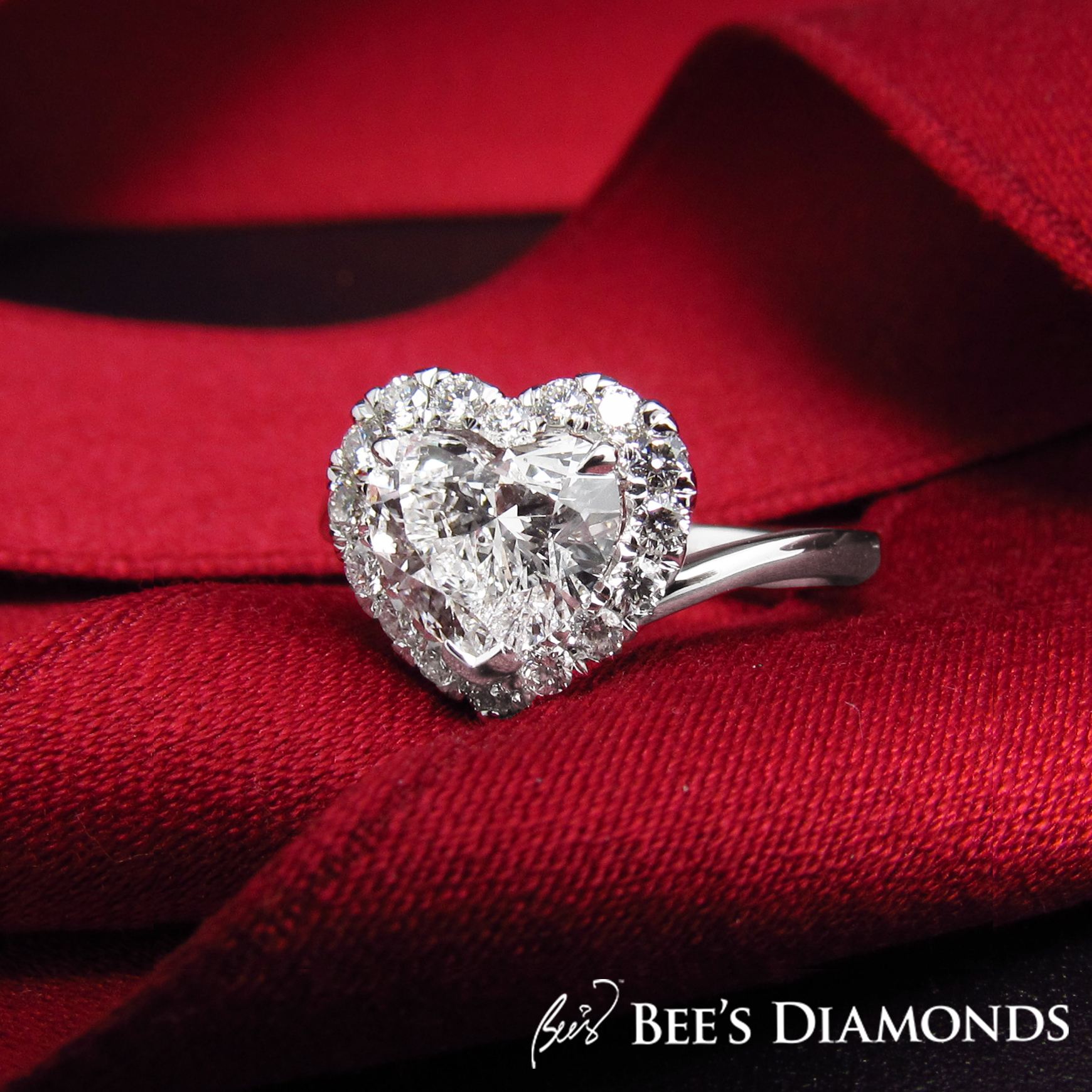 Heart shaped GIA diamond engagement ring | Bee's Diamonds