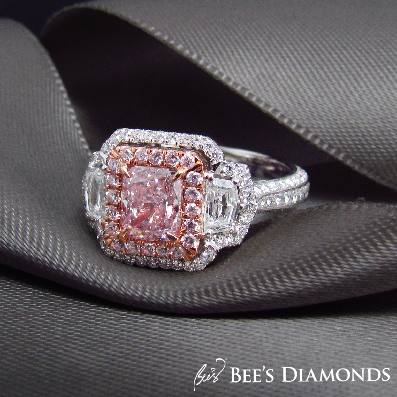 Fancy intense pink diamond engagement ring | Bee's Diamonds