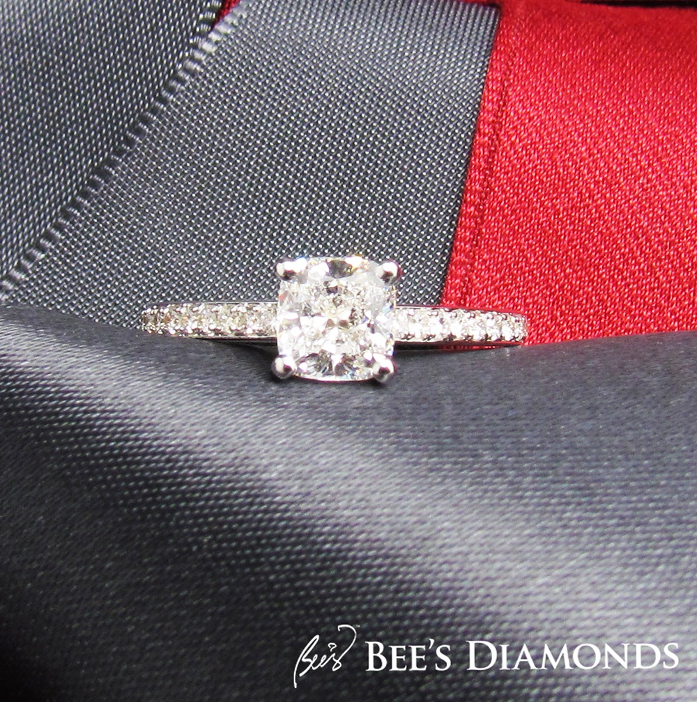 Bespoke engagement rings, cushion shape, Hong Kong
