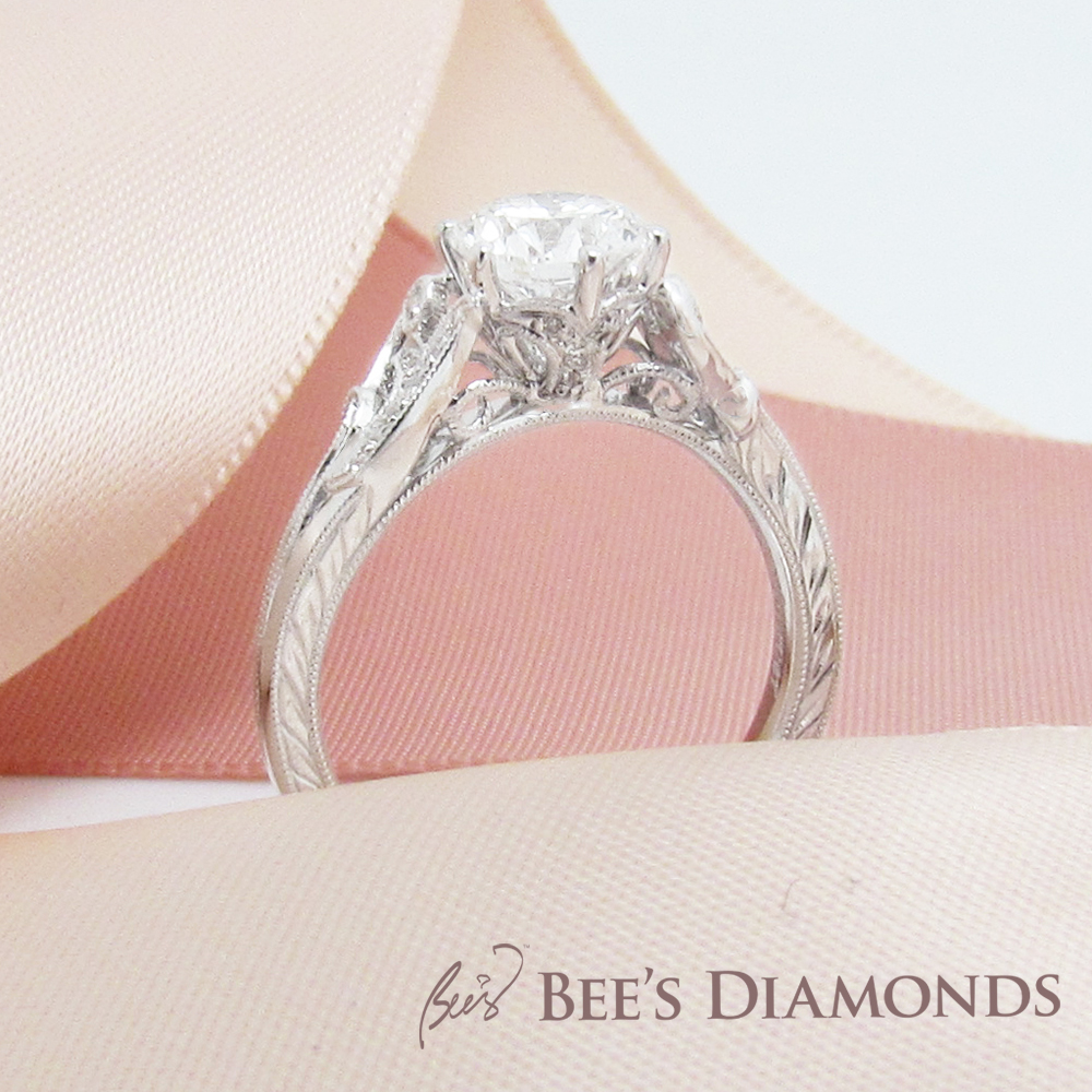 Engagement Ring – Vintage, White Diamonds, Round